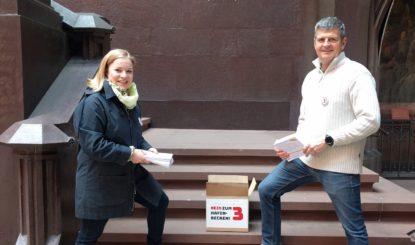 Medienmitteilung: 4'000 gesammelte Unterschriften werden versiegelt