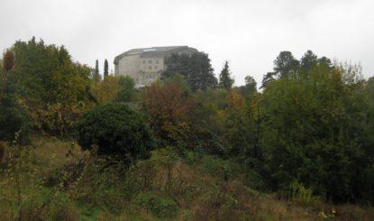Stellungnahme von Helvetia Nostra und der Fondation Franz Weber zur Medienmitteilung des Regierungsrats (BL) betreffend Bauvorhaben «La Colline» in Arlesheim