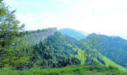 Non à la prolifération d'antennes sur les crêtes du Jura!